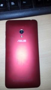 ASUS ZenFone 5 16GB SIMフリー2