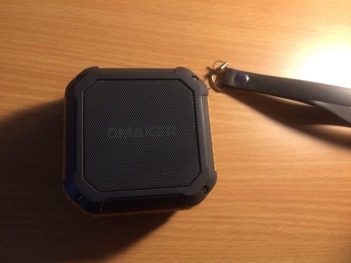 【OMAKER-M4レビュー】Bluetoothスピーカーの無骨な優等生!