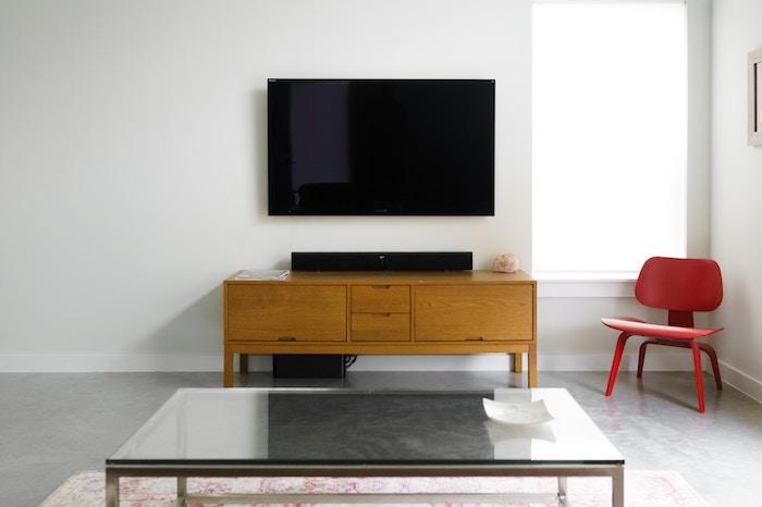 テレビ・動画・アニメを見るのにおすすめなタブレット3種を比較