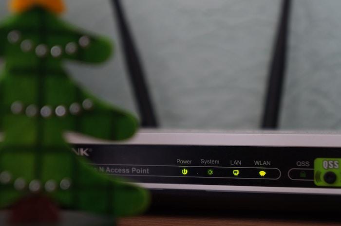 Wi-Fiルーターの電波を強くする部屋の置き場所