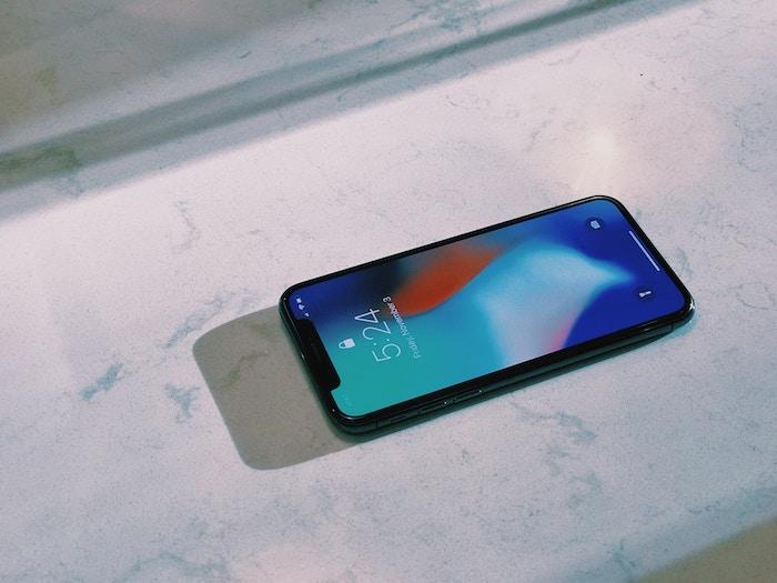 アップルが「iPhone」のバッテリ交換者に5600円を返金するようですよ
