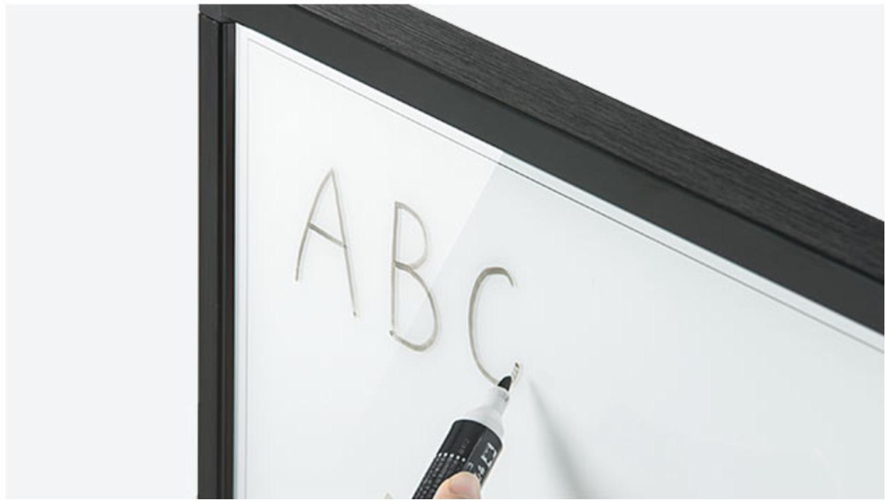 ホワイトボードとスマホの画面を同期できる「400-MEDIWB1」が中々便利そうです。