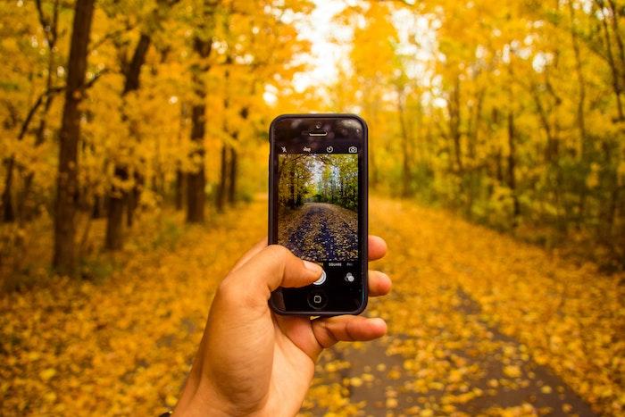 iPhoneで全画面のスクリーンショットを撮る方法