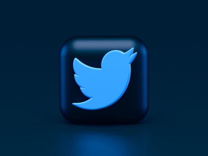 Twitterで予約・時間指定してツイートする方法【web・アプリ】