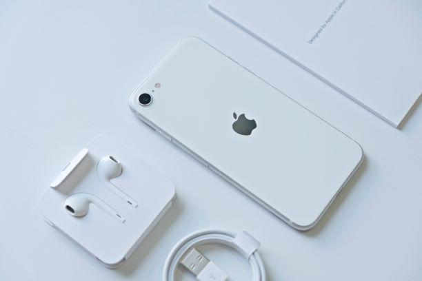 【iPhone】楽天モバイルのアプリでできることと電話可能なRakuten LINKとは?